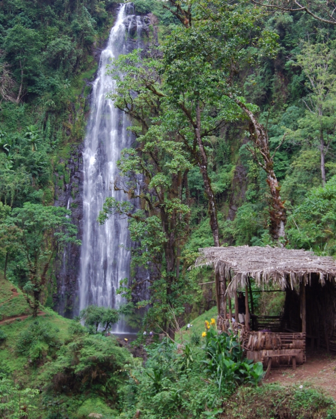 Mnambe Falls © Jessica Gatfield